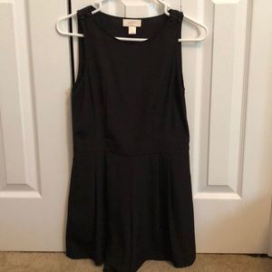 Black Romper with Pockets!
